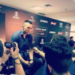 C. Covington fala com a imprensa em São Paulo (Foto: Reprodução Instagram Colbycovmma)