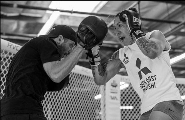 Cyborg treina com Parillo (Foto: Reprodução Instagram criscyborg)