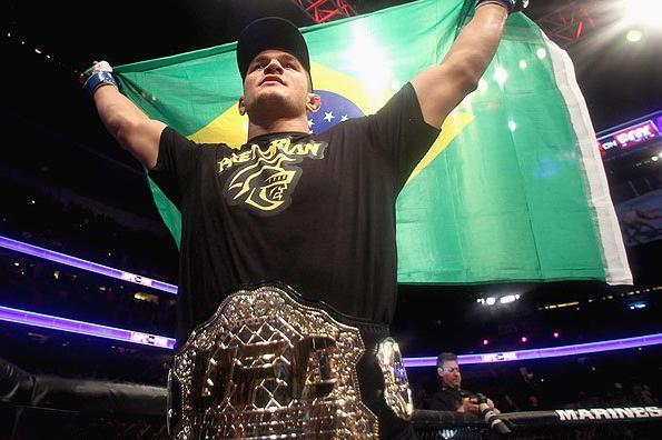 Cigano foi campeão dos pesos pesados entre novembro de 2011 e dezembro de 2012. Foto: Josh Hedges/UFC