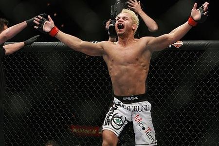Koscheck encara ex-desafiante do Strikeforce no UFC 167
