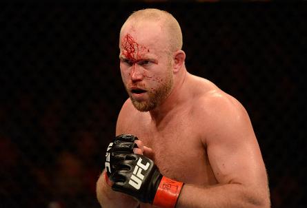 Contra os prognósticos de outros lutadores, Boetsch aposta em Anderson contra Weidman. Foto: UFC.com