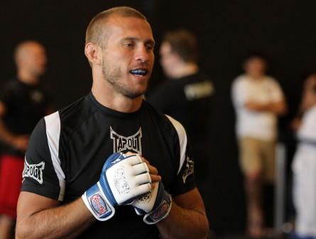 Donald Cerrone volta ao UFC em maio contra K.J. Noons. Foto: Josh Hedges/UFC