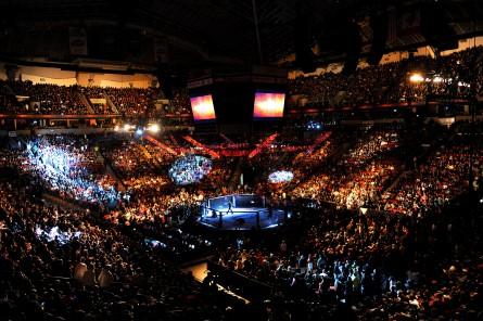 Cláusula de delay obriga a Globo a transmitir eventos do UFC com atraso de 30 minutos. Foto: UFC/Divulgação