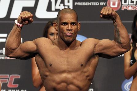 Após início irregular no UFC, Lombard resolveu mexer em sua preparação nutricional e física. Foto: Josh Hedges/UFC