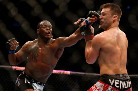 O combate entre St. Preux (esq.) e Villante (dir.) foi citado pelo presidente em suas críticas. Foto: Josh Hedges/UFC