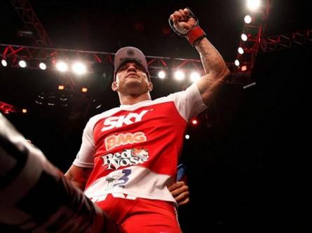 UFC-Belfort vence