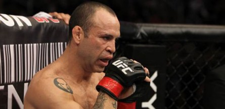 Silva (foto) enfrentaria Sonnen em julho. Foto: Divulgação/UFC