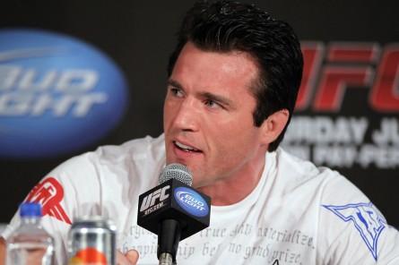 Sonnen (foto) ainda aguarda licença para enfrentar Shogun daqui a dez dias. Foto: Josh Hedges/UFC
