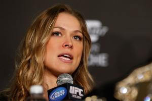 Ronda Rousey diz estar 'aliviada' por dividir um evento com Anderson e Weidman