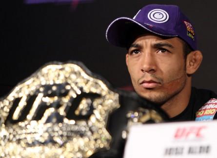 J.Aldo (foto) está invicto desde 2006, quando sofreu a única derrota de sua carreira. Foto: Josh Hedges/UFC