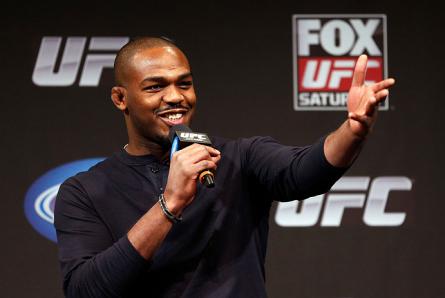 J.Jones (foto) pode ser o próximo lutador de MMA a investir na carreira no cinema. Foto: Josh Hedges/UFC