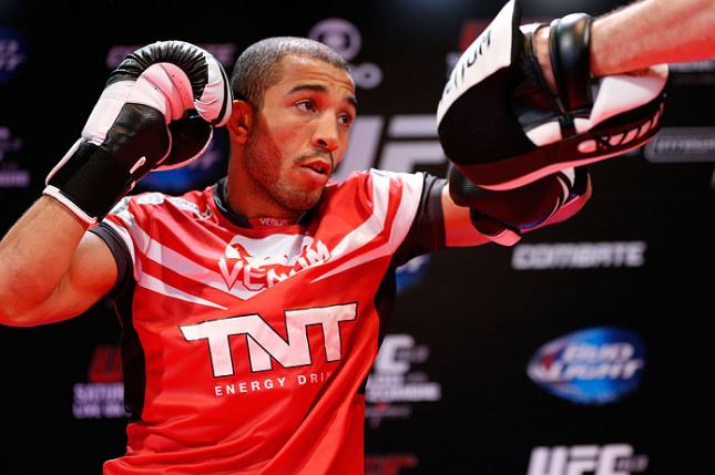 Aldo (foto) minimiza provocações de McGregor. Foto: Josh Hedges/UFC