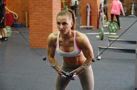 Aleksandra Albu foi contratada recentemente pelo UFC. Foto: Reprodução/Facebook