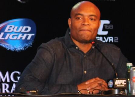 A. Silva (foto) volta ao UFC em janeiro de 2015. Foto: Lucas Carrano/SUPER LUTAS