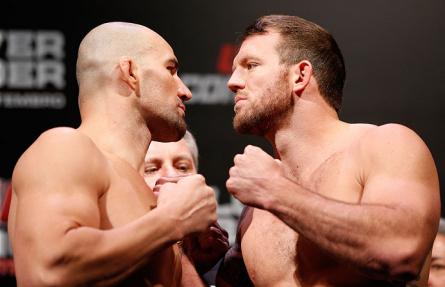 G.Teixeira (esq.) e R. Bader (dir.) fazem a luta principal do UFC Fight Night 28. Foto: Josh Hedges/UFC