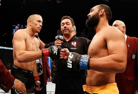 Yamasaki (ao centro) com Hendricks (dir.) e GSP (esq.) no UFC 167. Foto: Josh Hedges/UFC
