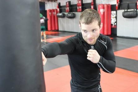 Makovsky enfrentará Jorgensen no UFC on Fox 9. Foto: Reprodução/Facebook