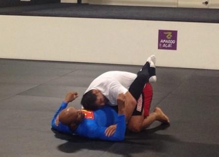 Spider e Minotauro praticam jiu-jitsu. Foto: Reprodução/Instagram