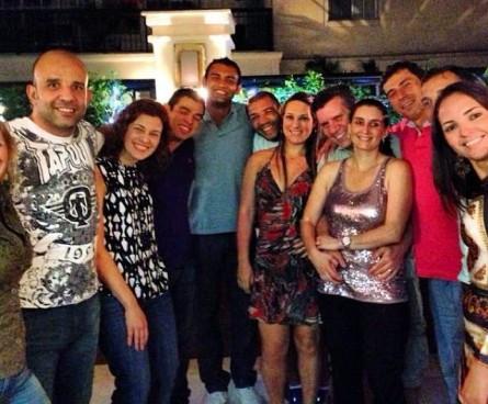 J. Aldo e R. Barão (ao centro), com Dedé Pederneiras e companheiros da Nova União. Foto: Reprodução/Instagram