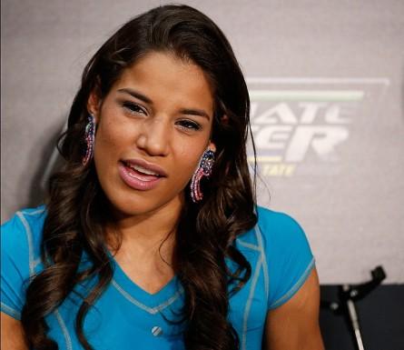 J. Peña (foto) se tornou a primeira mulher a conquistar o TUF. Foto: Josh Hedges/UFC
