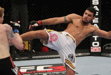 Morango (foto) encara Martin no UFC 179. Foto: Josh Hedges/UFC