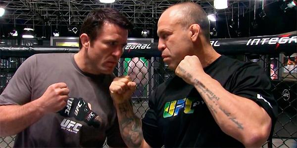 Wand (dir.) e Sonnen (esq.) deveriam ter se enfrentado no UFC após treinarem o TUF. Foto: UFC