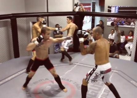 Quatro atletas no cage na primeira luta de Double Fighting. Foto: Reprodução/YouTube