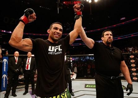 F. Werdum (foto) é o novo número um dos pesados. Foto: Josh Hedges/UFC