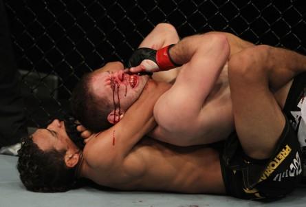 Finalização sobre Lentz foi transformada em no-contest. Foto: Divulgação/UFC