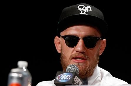 C. McGregor (foto) tem estilo nas palavras e na aparência. Foto: Josh Hedges/UFC