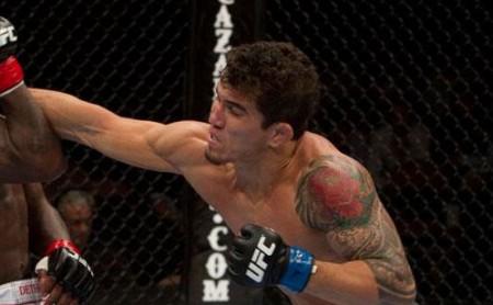 Torres (foto) fez duas lutas no UFC em 2010. Foto: Divulgação/UFC