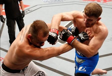 Miocic (dir.) venceu Maldonado (dir.) na luta principal do TUF Brasil 3 Final. Foto: Josh Hedges/UFC
