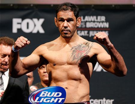 Minotouro enfrenta R. Bader na luta principal do UFC São Paulo. Foto: Josh Hedges/UFC