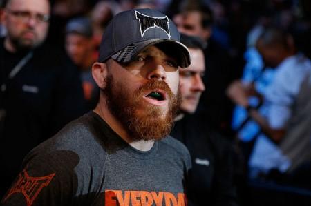 Miller (foto) tentará terceira vitória seguida contra Cerrone. Foto: Josh Hedges/UFC