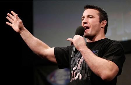 Sonnen (foto) se aposentou do MMA. Foto: Josh Hedges/UFC
