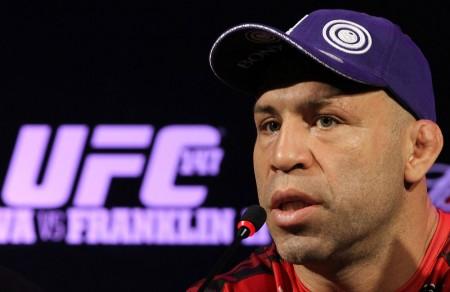 Wand (foto) não demorou a responder o desafio de Barnatt. Foto: Josh Hedges/UFC