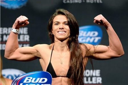 Gadelha (foto) venceu primeira luta da categoria palha feminina do UFC. Foto: Josh Hedges/UFC