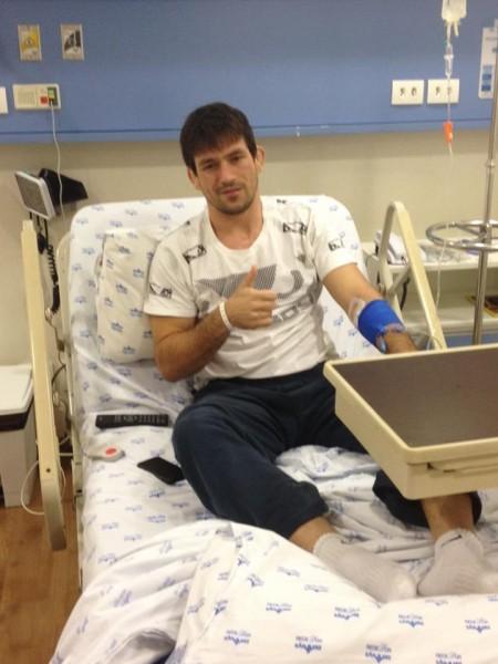 Demian (foto) está internado após sofrer infecção bacteriana. Foto: Reprodução/Facebook