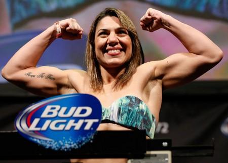 Bethe (foto) vem de duas vitórias no UFC. Foto: Josh Hedges/Zuffa LLC