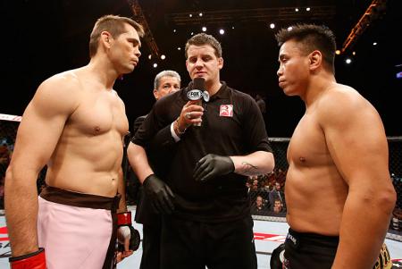 C. Le (dir.) e R. Franklin (esq.) se enfrentaram em 2012. Foto: Josh Hedges/UFC