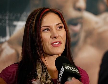 C. Zingano (foto) foi confirmada como próxima rival de Ronda. Foto: Josh Hedges/UFC