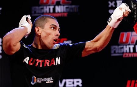 Lucas (foto) tem um cartel profissional de 15 vitórias e uma derrota. Foto: Josh Hedges/UFC