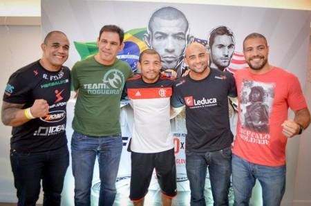 Feijão, Minotouro, Aldo, Warlley e Thales (na ordem) durante ação no Maracanã. Foto: Reprodução/Facebook
