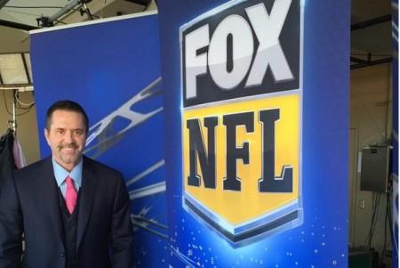 Mike Goldberg antes da fatídica transmissão da NFL. Foto: Reprodução/Twitter