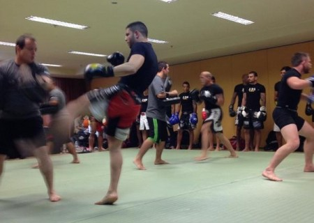 Atletas participam da seletiva do TUF Brasil 4 no Rio. Foto: Reprodução/Twitter