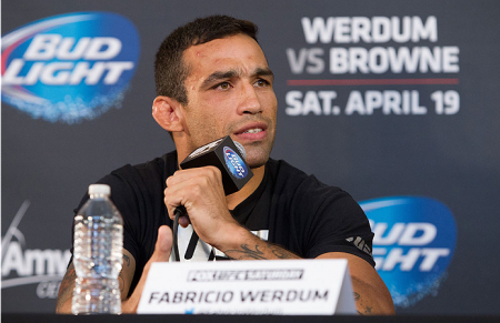 F. Werdum (foto) encara M. Hunt no dia 15 de novembro. Foto: Josh Hedges/UFC