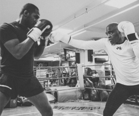 Jones (esq.) e Anderson (dir.) em treino na UFC Gym. Foto: Reprodução/Instagram