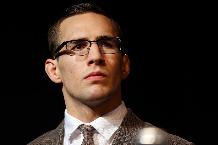 MacDonald (foto) jamais enfrentaria St. Pierre. Foto: Josh Hedges/UFC