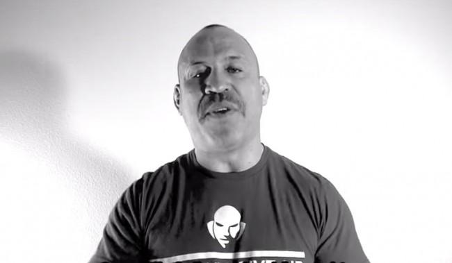 Em novo vídeo, Wand volta a reclamar do UFC. Foto: Reprodução
