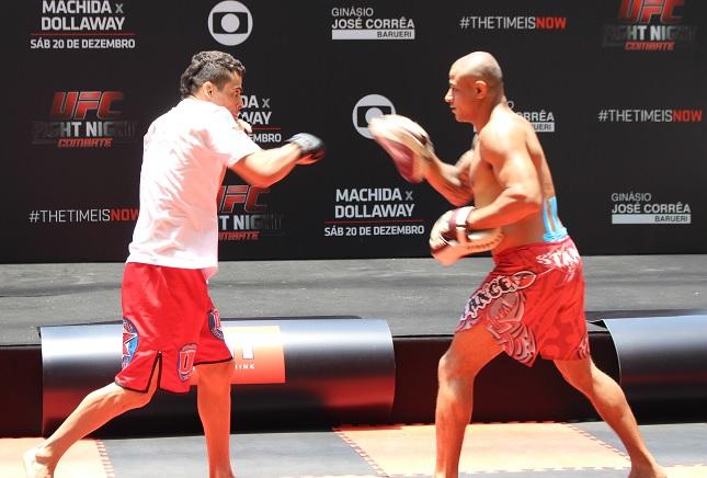 Barão (esq.) volta ao UFC neste sábado contra Gagnon. Foto: Lucas Carrano/SUPER LUTAS